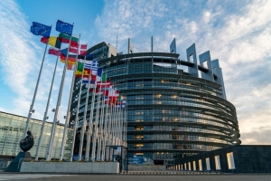 182 szervezet sürgeti a kelet-közép-európai kormányfőket a méltányos zöld helyreállításért